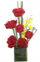 Ikebana De Rosas vermelhas